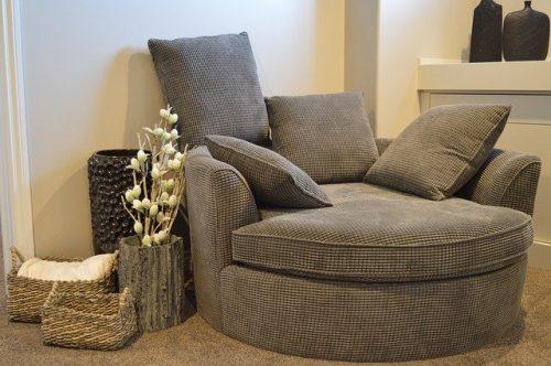 Sofa bulat dengan sandaran